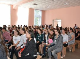 Teachers, pupils, and parents in the village Obreja were informed on how to protect themselves from discrimination and to prevent acts of discrimination